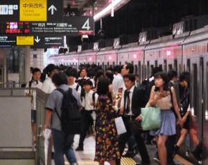 東急電鉄、東横線日吉のホームドア設置は来年2月、綱島は2017年度下期と発表