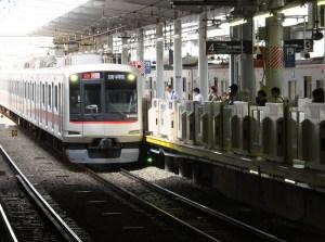 東横線・菊名駅の渋谷方面ホームドア設置は来年3月、妙蓮寺は2017年度下期を予定