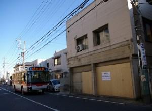 サンヴァリエバス停近くの「読売新聞販売店」が閉鎖、下田町など2800世帯担当