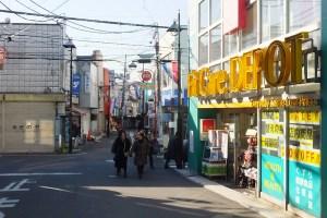 <妙蓮寺>駅前で改装・閉店・開店の動き、フィットケアデポの源流店を建て替え