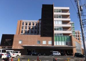 <井田病院>新たな立体駐車場は有料化、民間企業に貸し出す方針