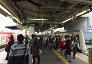 <JR東日本>横浜線の菊名と新横浜にホームドア設置意向、ただし時期は未定