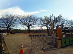 日吉6丁目の「鏡ヶ淵公園」で園内設備を一新、3月下旬まで改修工事中