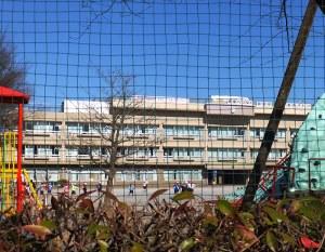 井田小学校に3階建て校舎を増築へ、校区内では300戸超マンション建設も