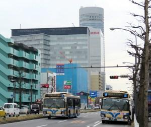 <横浜市営バス>通学以外でも「通学定期券」購入OK、割引率も拡大の方針