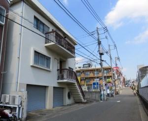 日吉駅西口近くの「脇眼科」が解体、2018年春に4階建て共同住宅を建設
