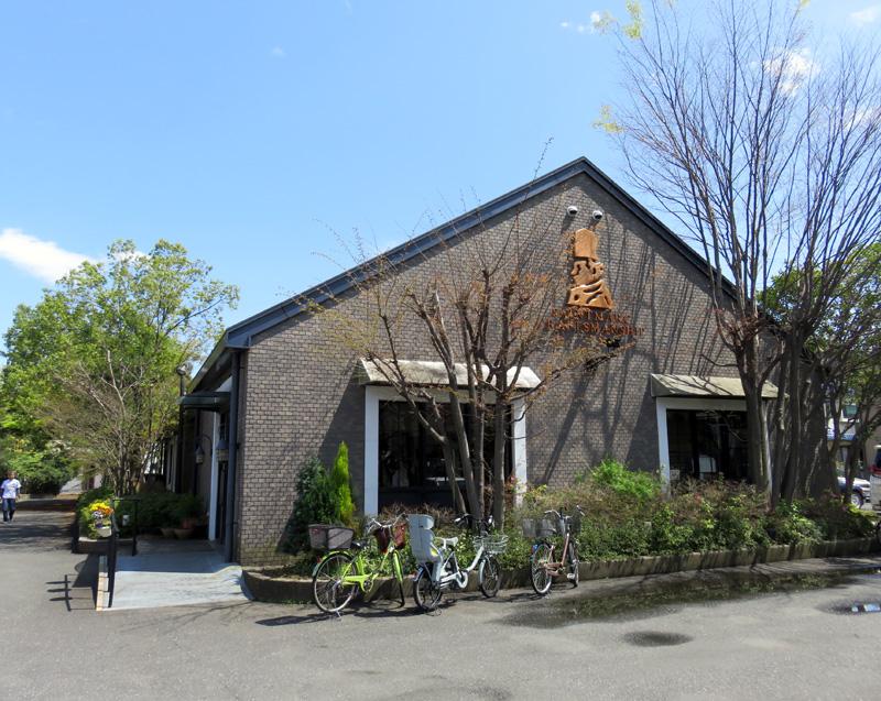 綱島街道沿い、焼きたてパンのレストラン「サンマルク」が4/24(月)で閉店