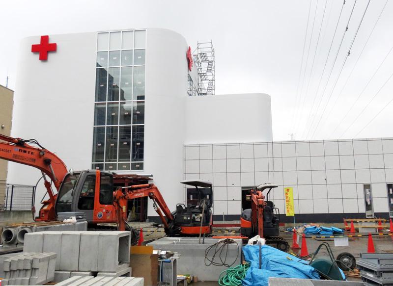 港北警察横の「赤十字血液センター」は7月開所、約100人が勤務する県内拠点に